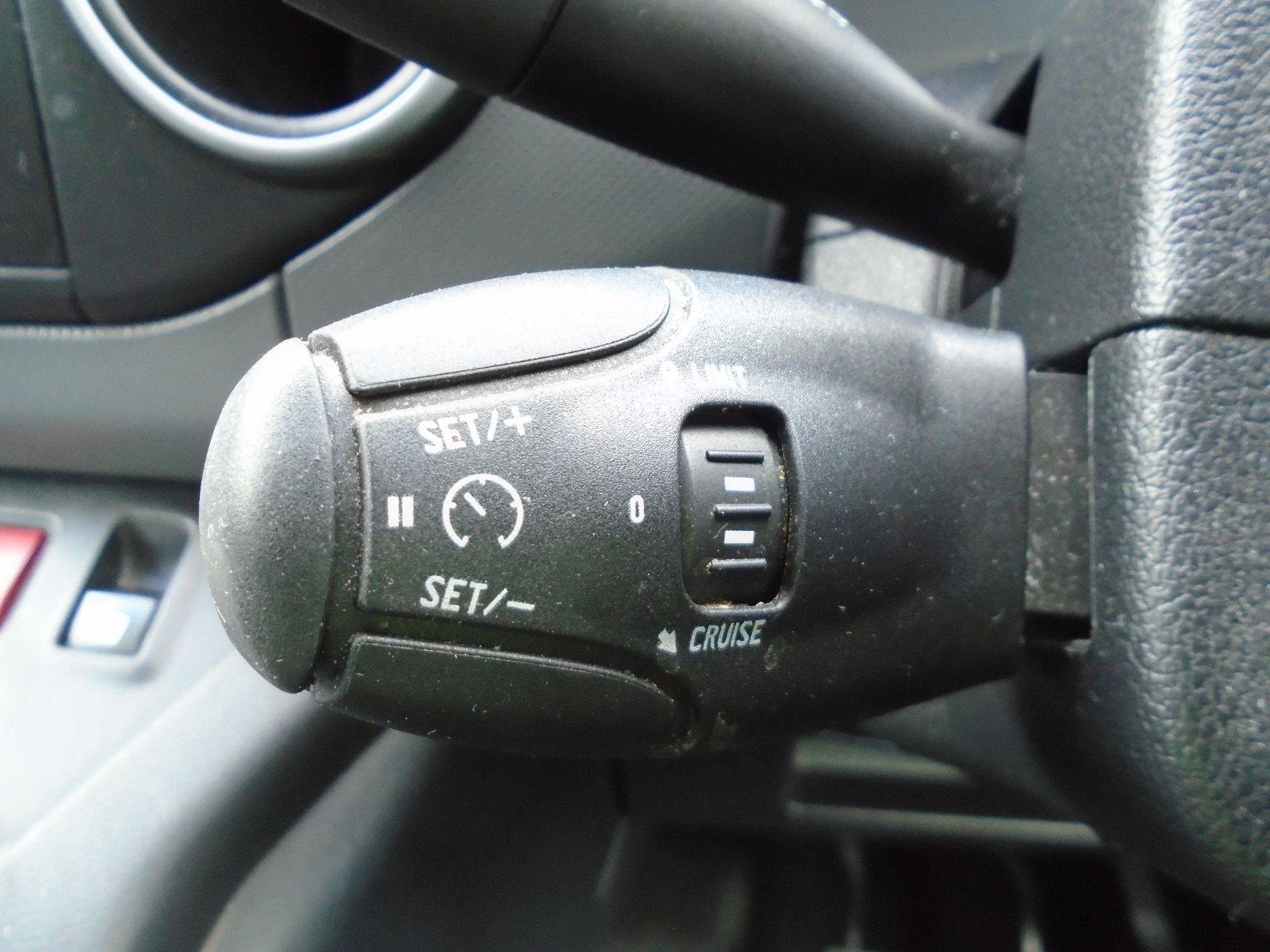 2017 Peugeot Partner 850 1.6 Bluehdi 100 Professional Van [Non Ss] (NU17HPC) Image 23