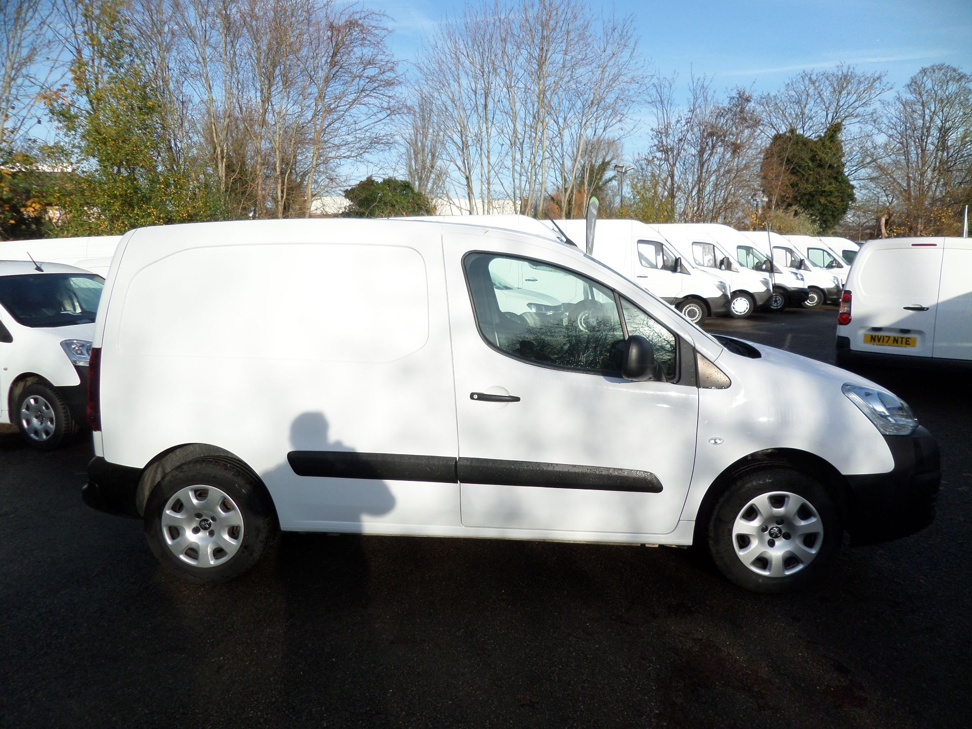 2017 Peugeot Partner 850 1.6 Bluehdi 100 Professional Van [Non Ss] Euuro 6 (NU17HPX) Image 2