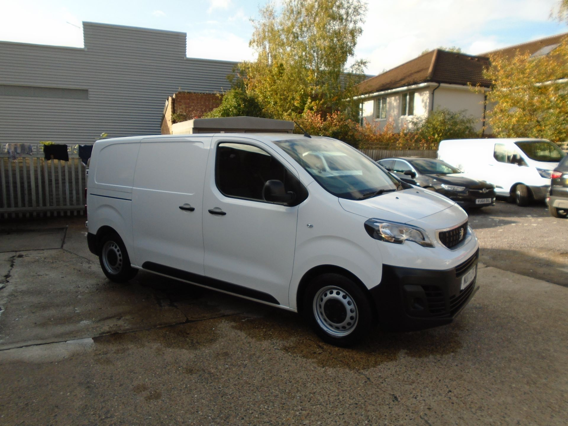 2017 Peugeot Expert 1000 1.6 Bluehdi 95 S Van(EURO 6) (NU17LFK)