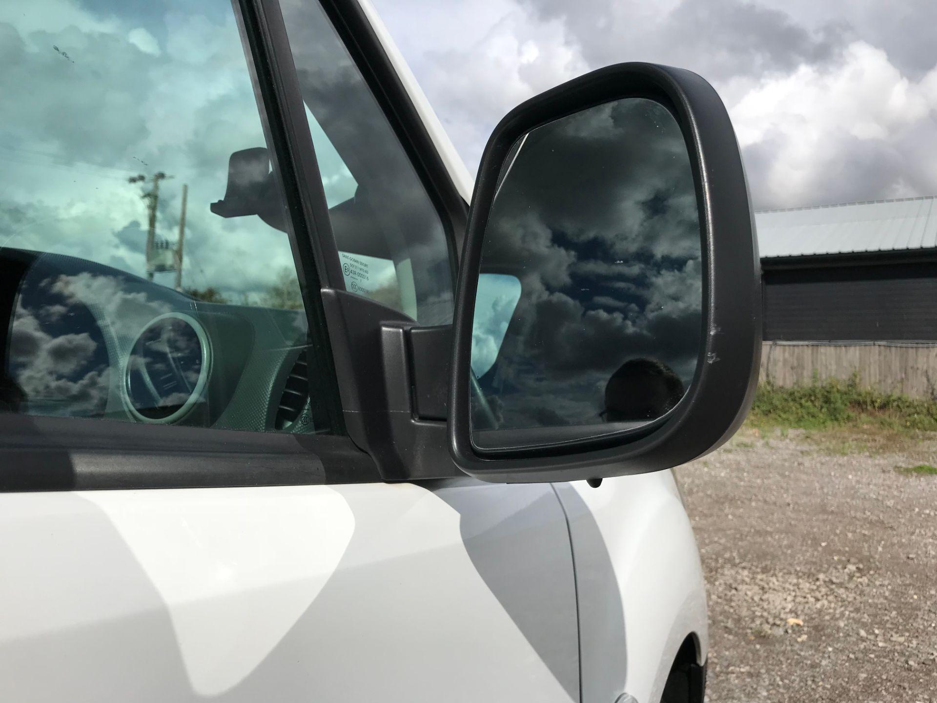 2017 Peugeot Partner 850 1.6 Bluehdi 100 Professional Van [Non Ss] (NU17NBX) Image 13