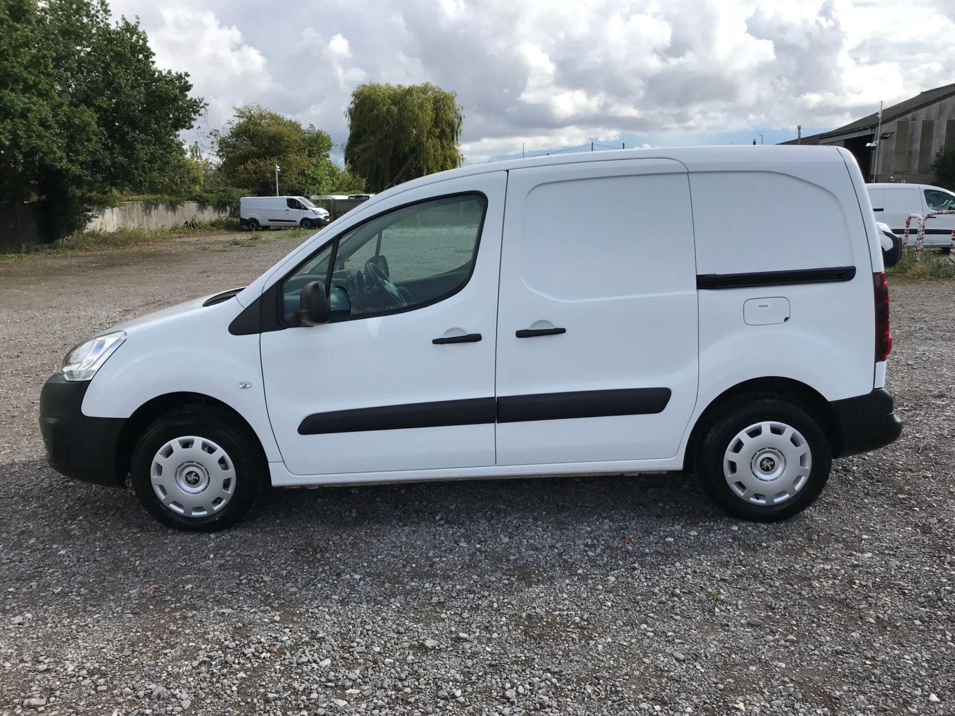 2017 Peugeot Partner 850 1.6 Bluehdi 100 Professional Van [Non Ss] (NU17NBX) Image 7