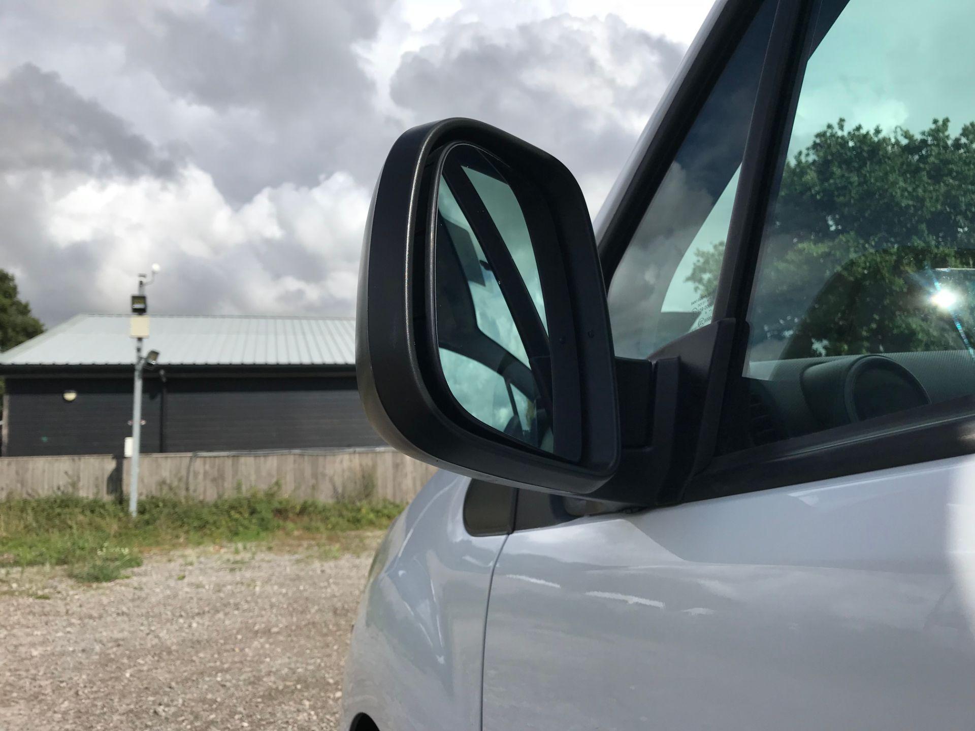 2017 Peugeot Partner 850 1.6 Bluehdi 100 Professional Van [Non Ss] (NU17NBX) Image 14