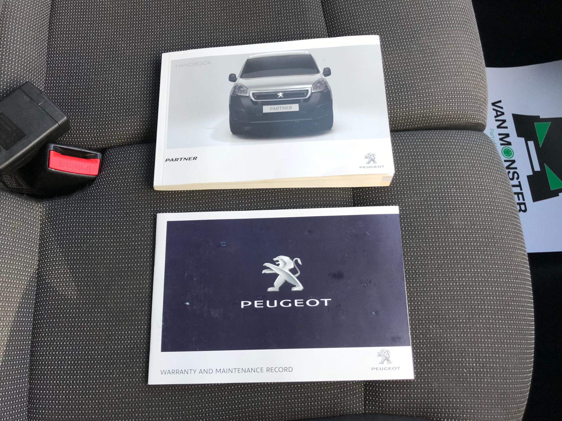 2017 Peugeot Partner 850 1.6 Bluehdi 100 Professional Van [Non Ss] (NU17NBX) Image 36