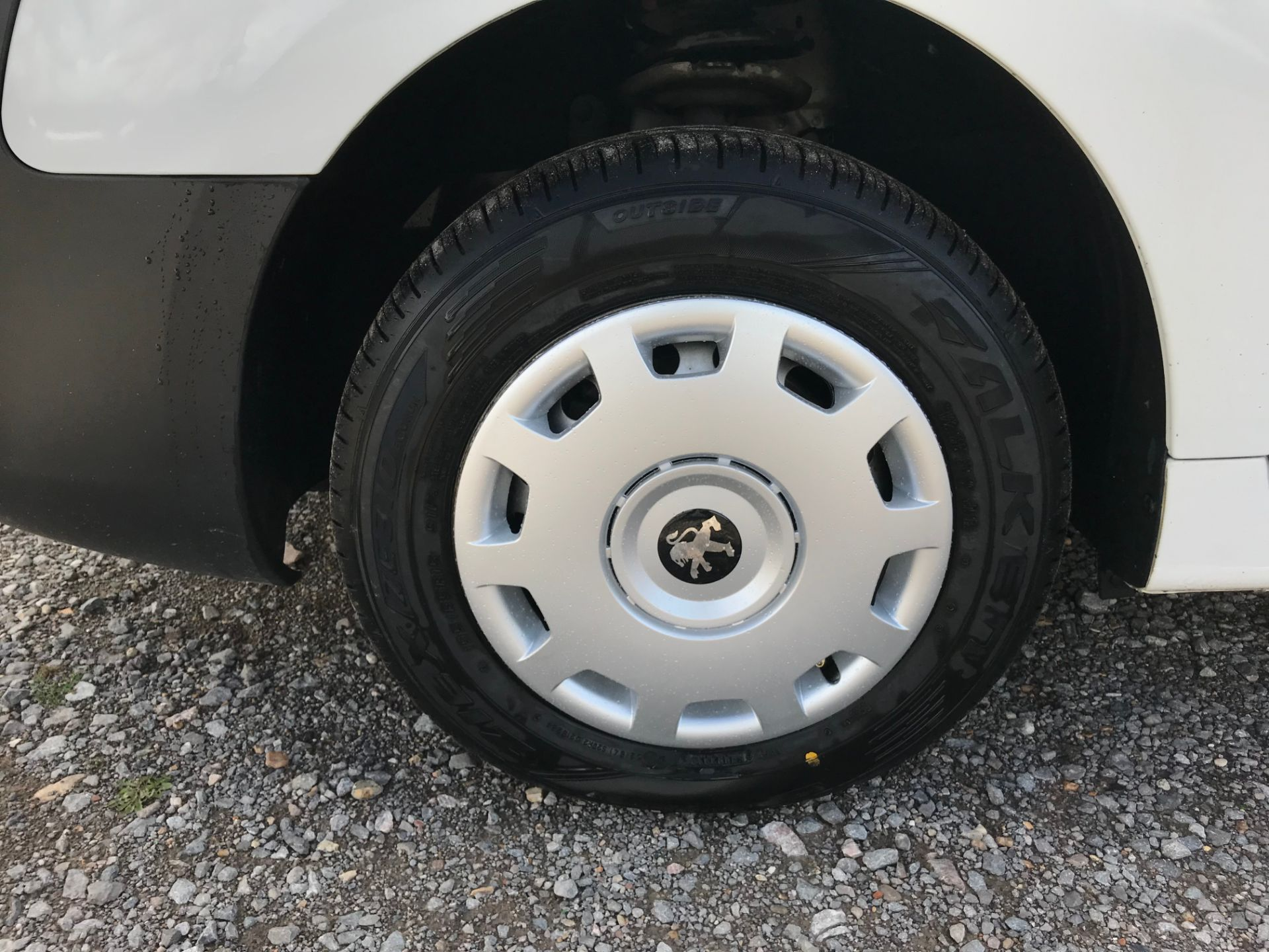 2017 Peugeot Partner 850 1.6 Bluehdi 100 Professional Van [Non Ss] (NU17NBX) Image 21