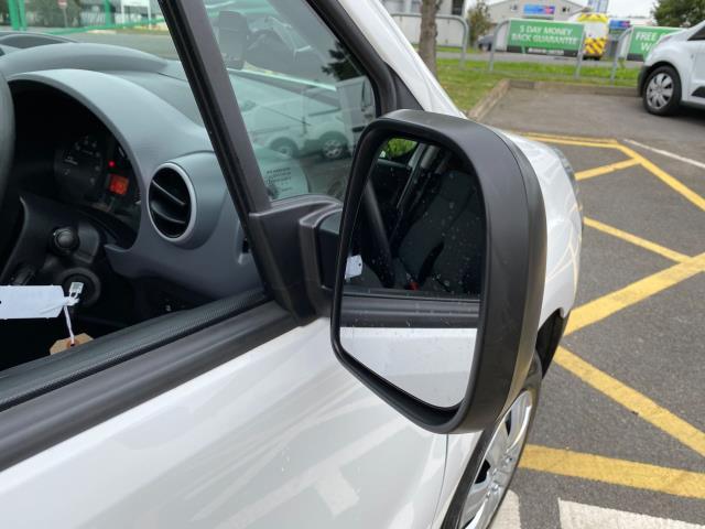 2017 Peugeot Partner 850 1.6 Bluehdi 100 Professional Van [Non Ss] (NU17OES) Image 10