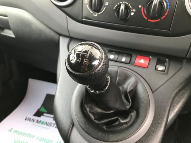 2017 Peugeot Partner L1 850 1.6BLUEHDI 100PS PROFESSIONAL EURO 6 (NU17OFR) Image 14