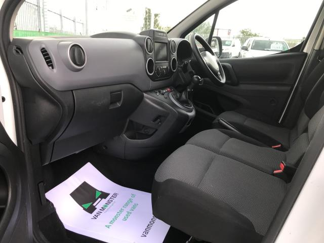 2017 Peugeot Partner L1 850 1.6BLUEHDI 100PS PROFESSIONAL EURO 6 (NU17OFR) Image 19