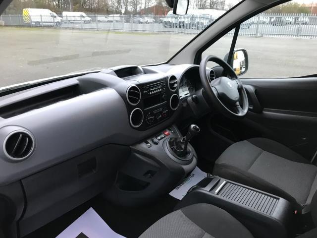 2017 Peugeot Partner  L2 715 S 1.6 BLUEHDI 100 CREW VAN EURO 6 (NU17OGE) Image 16