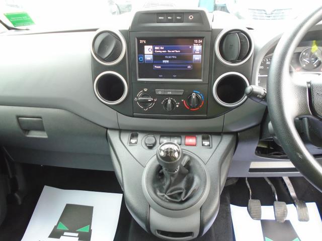 2017 Peugeot Partner 850 1.6 Bluehdi 100 Professional Van [Non Ss] (NU17OHZ) Image 18