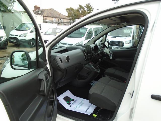 2017 Peugeot Partner 850 1.6 Bluehdi 100 Professional Van [Non Ss] (NU17OHZ) Image 16