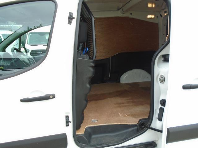 2017 Peugeot Partner 850 1.6 Bluehdi 100 Professional Van [Non Ss] (NU17OHZ) Image 14