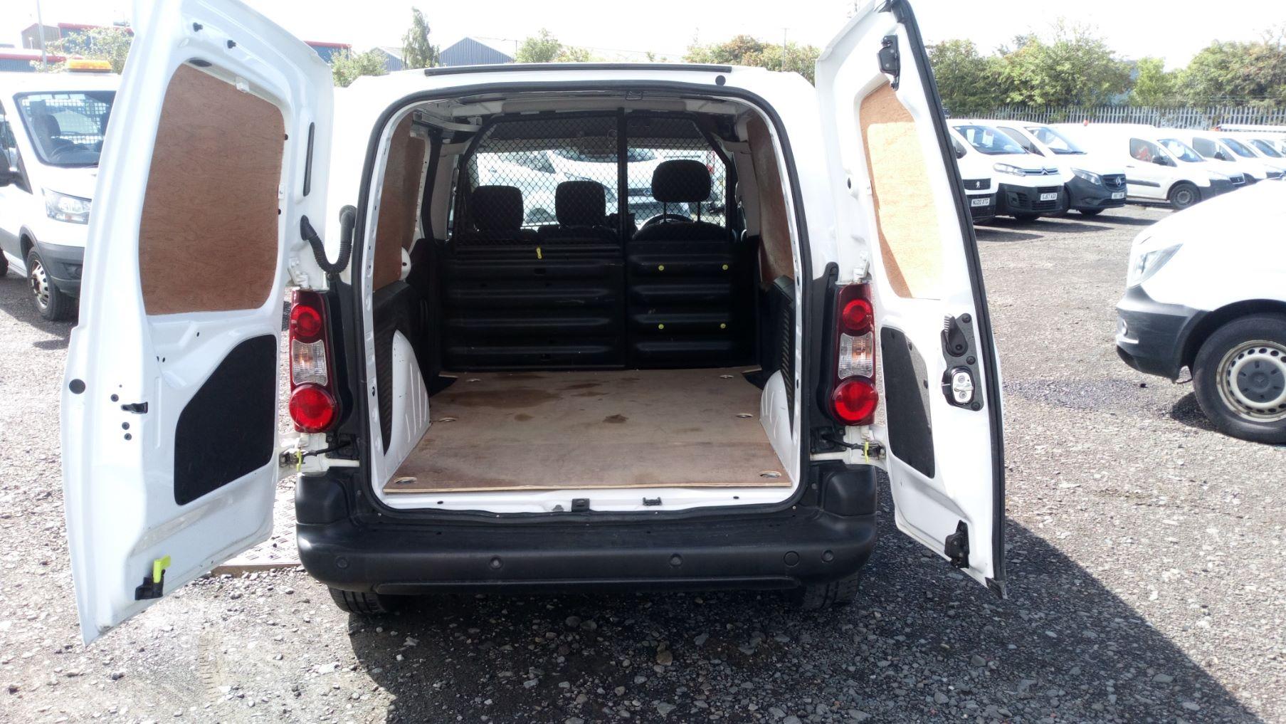 2017 Peugeot Partner 850 S 1.6 Bluehdi 100 Van [Sld] (NU17OJC) Image 9