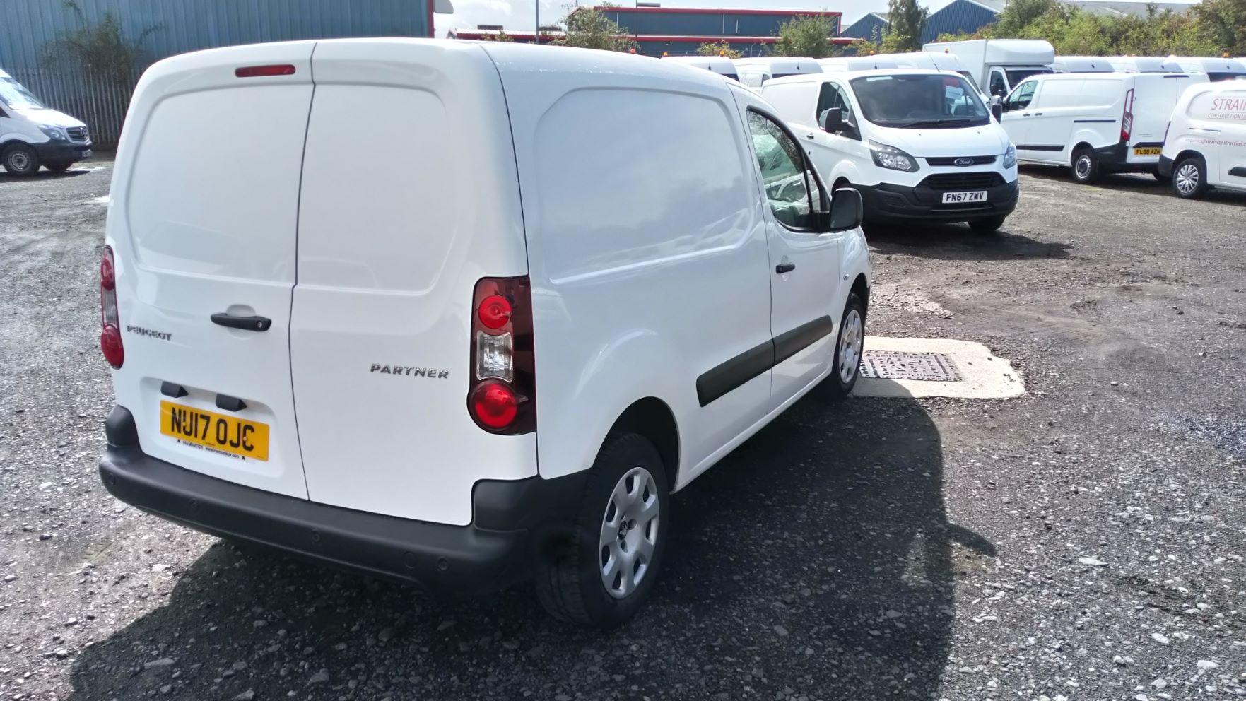2017 Peugeot Partner 850 S 1.6 Bluehdi 100 Van [Sld] (NU17OJC) Image 4