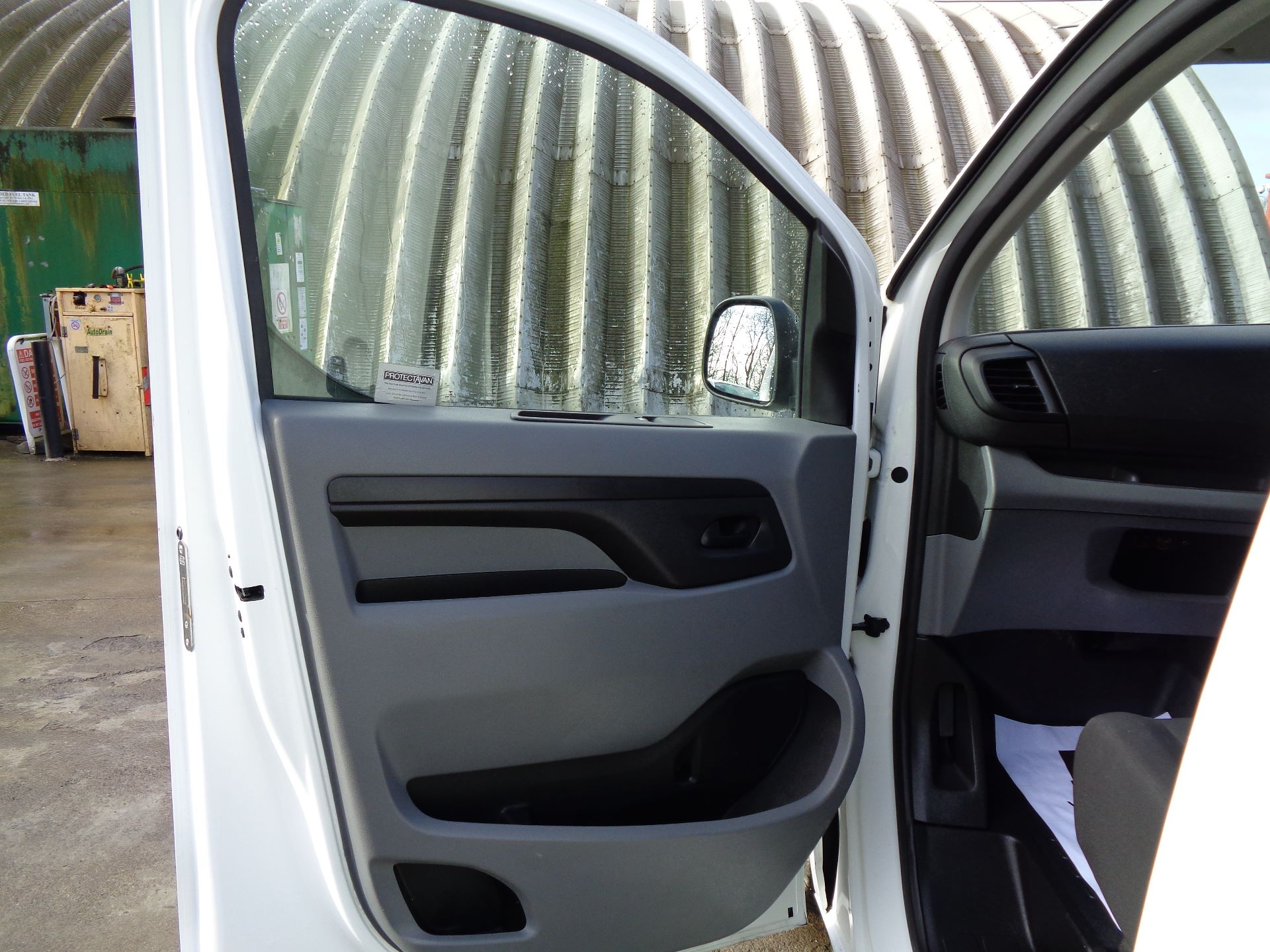 2017 Peugeot Expert  STANDARD 1000 1.6 BLUEHDI 95 S EURO 6 (NU17VPR) Image 14