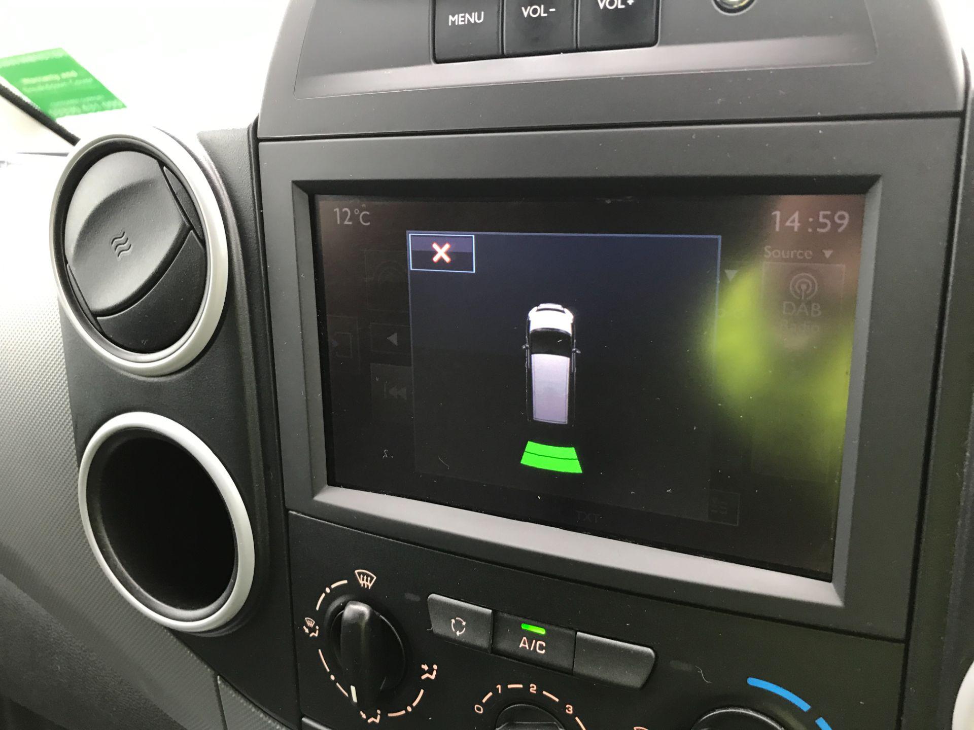 2017 Peugeot Partner L1 850 1.6BLUEHDI 100PS PROFESSIONAL EURO 6 (NU17VZB) Image 29