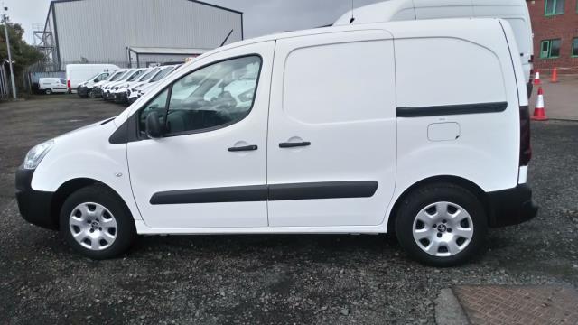 2017 Peugeot Partner 850 1.6 Bluehdi 100 Professional Van [Non Ss] (NU17XLL) Image 6