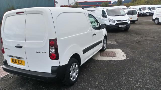 2017 Peugeot Partner 850 1.6 Bluehdi 100 Professional Van [Non Ss] (NU17XLL) Image 3