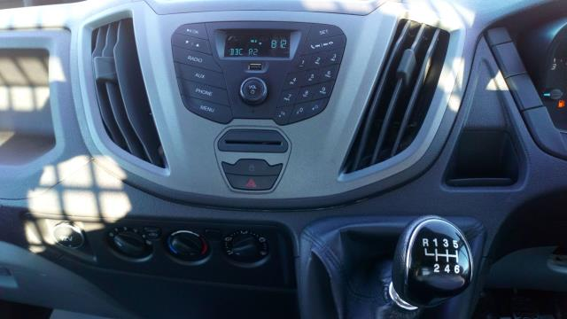 2017 Ford Transit 2.0 Tdci 130Ps Chassis Cab (NU17YBZ) Image 14
