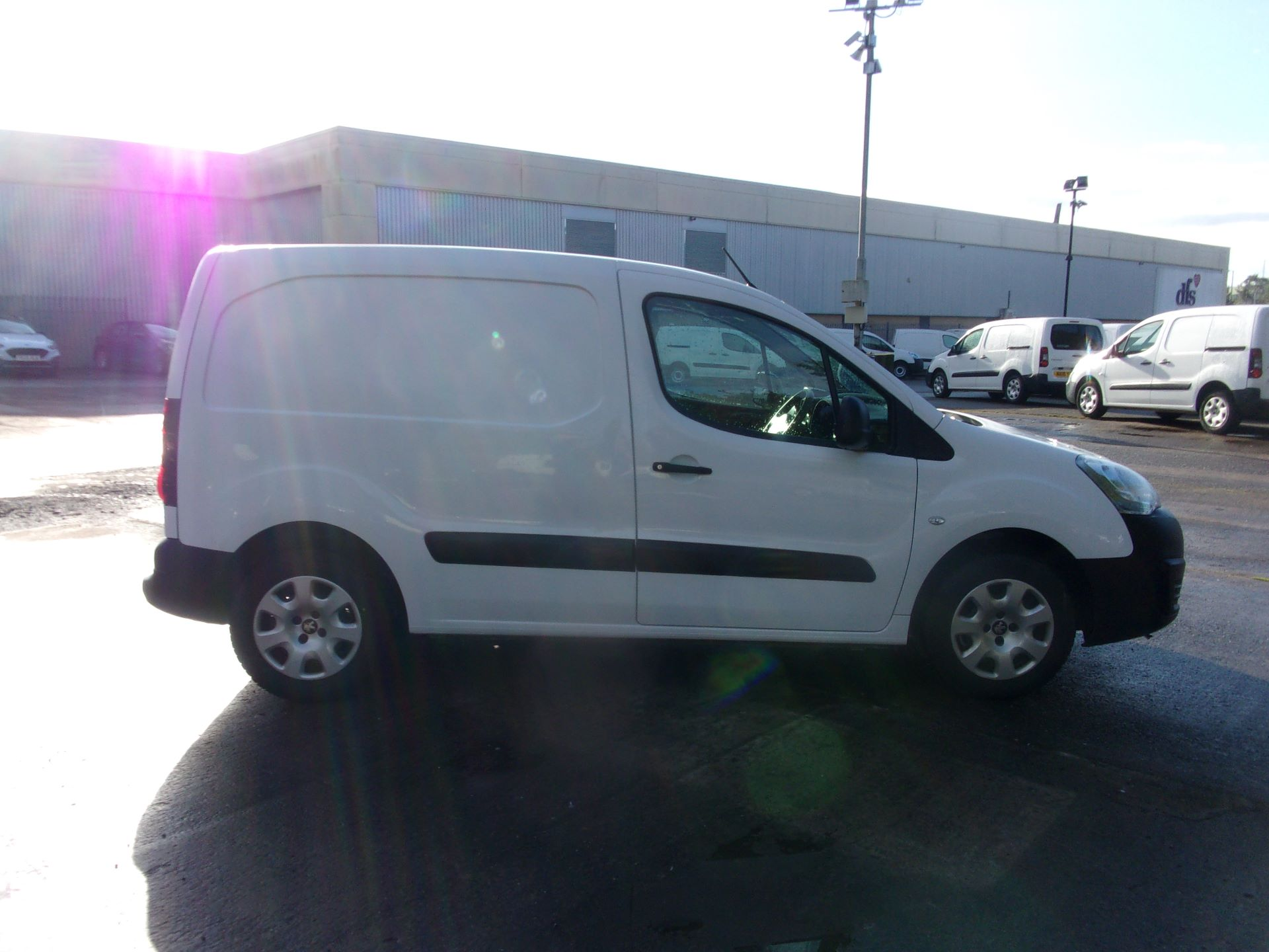 2017 Peugeot Partner 850 1.6 Bluehdi 100 Professional Van [Non Ss] (NU17ZPL) Image 11