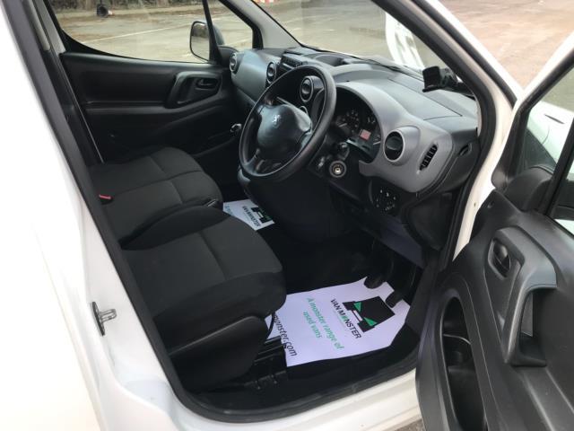 2017 Peugeot Partner 850 1.6 Bluehdi 100 Professional Van [Non Ss] Euro 6 (NU17ZPN) Image 10