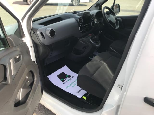 2017 Peugeot Partner 850 1.6 Bluehdi 100 Professional Van [Non Ss] Euro 6 (NU17ZPN) Image 24