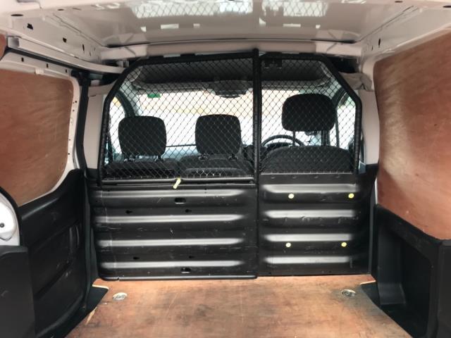 2017 Peugeot Partner 850 1.6 Bluehdi 100 Professional Van [Non Ss] Euro 6 (NU17ZPN) Image 33