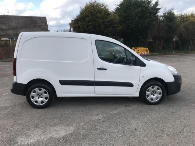 2017 Peugeot Partner 850 1.6 Bluehdi 100 Professional Van [Non Ss] Euro 6 (NU17ZPN) Image 8