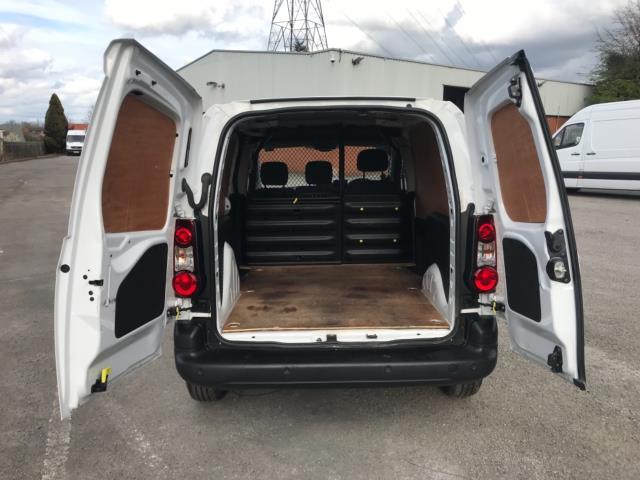 2017 Peugeot Partner 850 1.6 Bluehdi 100 Professional Van [Non Ss] Euro 6 (NU17ZPN) Image 31