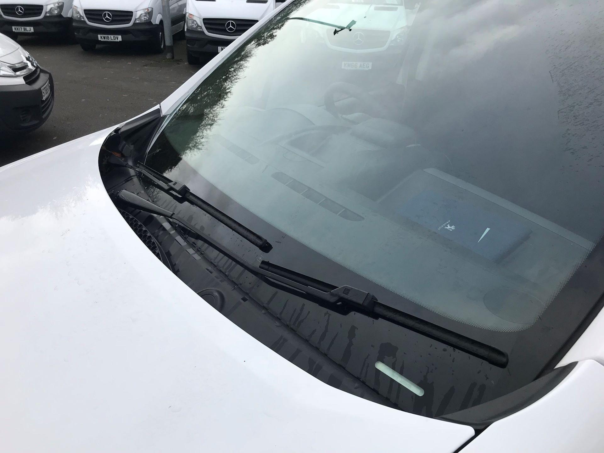 2018 Peugeot Partner L1 850 1.6 BLUEHDI 100 PROFESSIONAL (NON S/S)EURO 6 (NU18DJY) Image 16