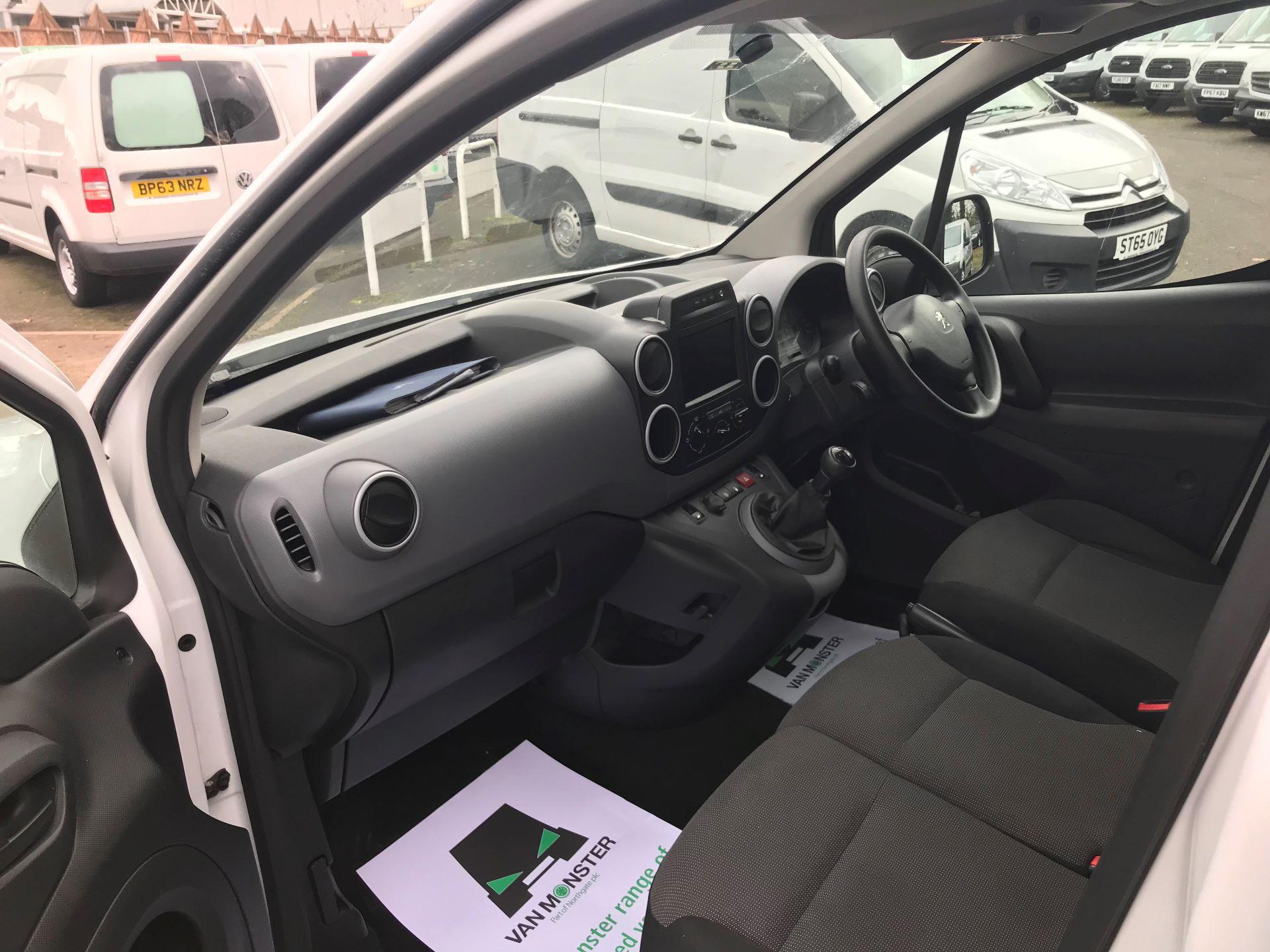 2018 Peugeot Partner L1 850 1.6 BLUEHDI 100 PROFESSIONAL (NON S/S)EURO 6 (NU18DJY) Image 19