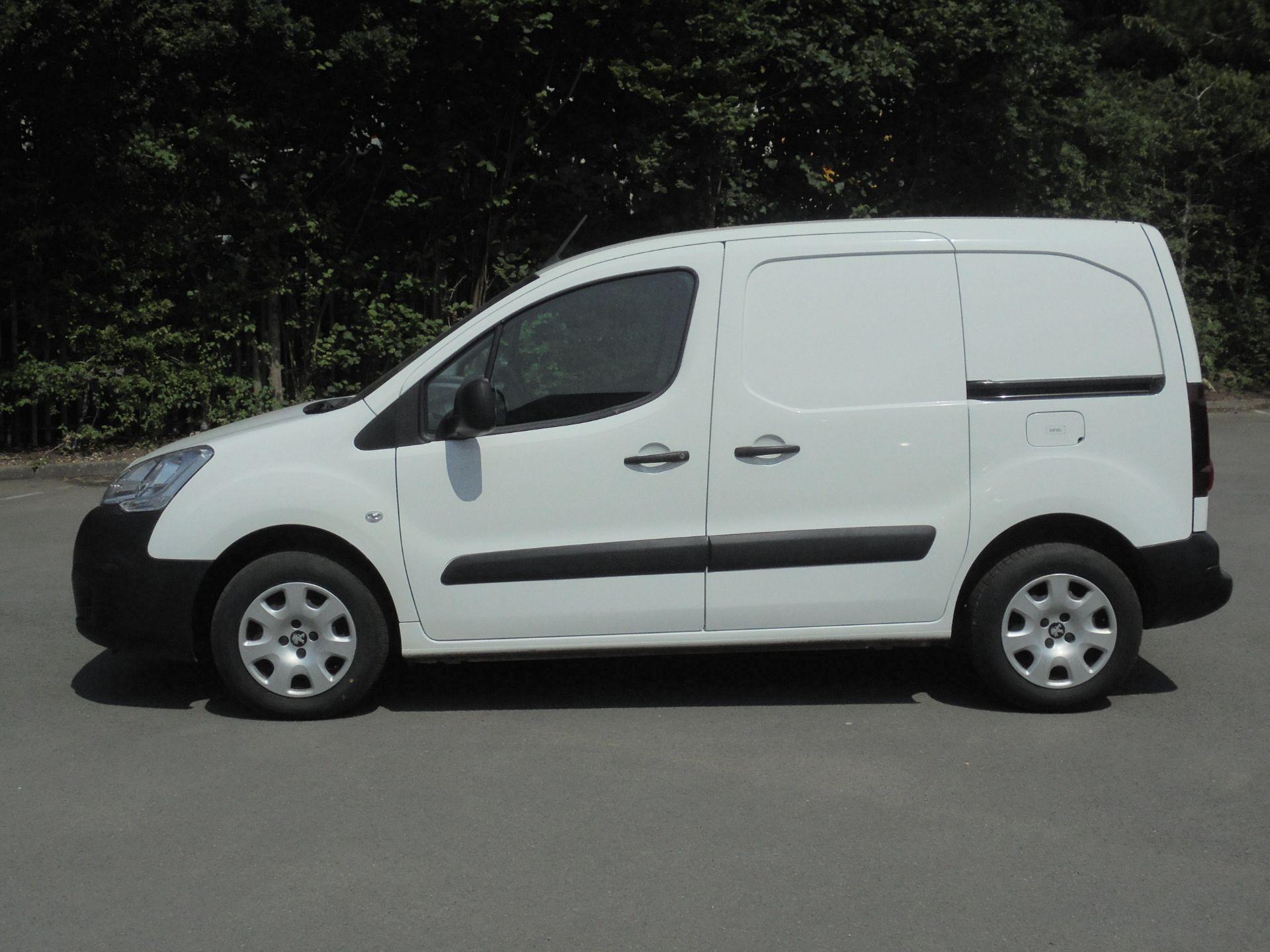 2018 Peugeot Partner 850 1.6 Bluehdi 100 Professional Van [Non Ss] (NU18FEO) Image 4