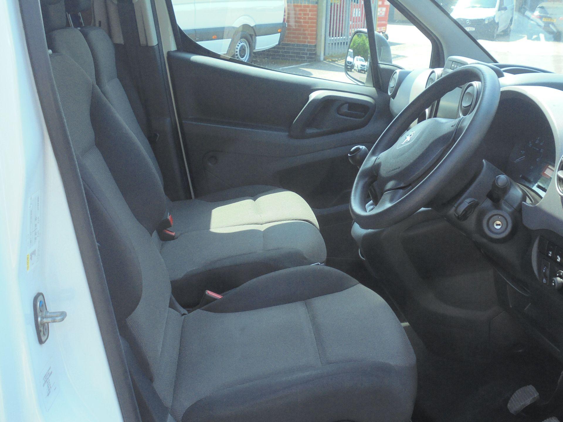 2018 Peugeot Partner 850 1.6 Bluehdi 100 Professional Van [Non Ss] (NU18FEO) Image 12