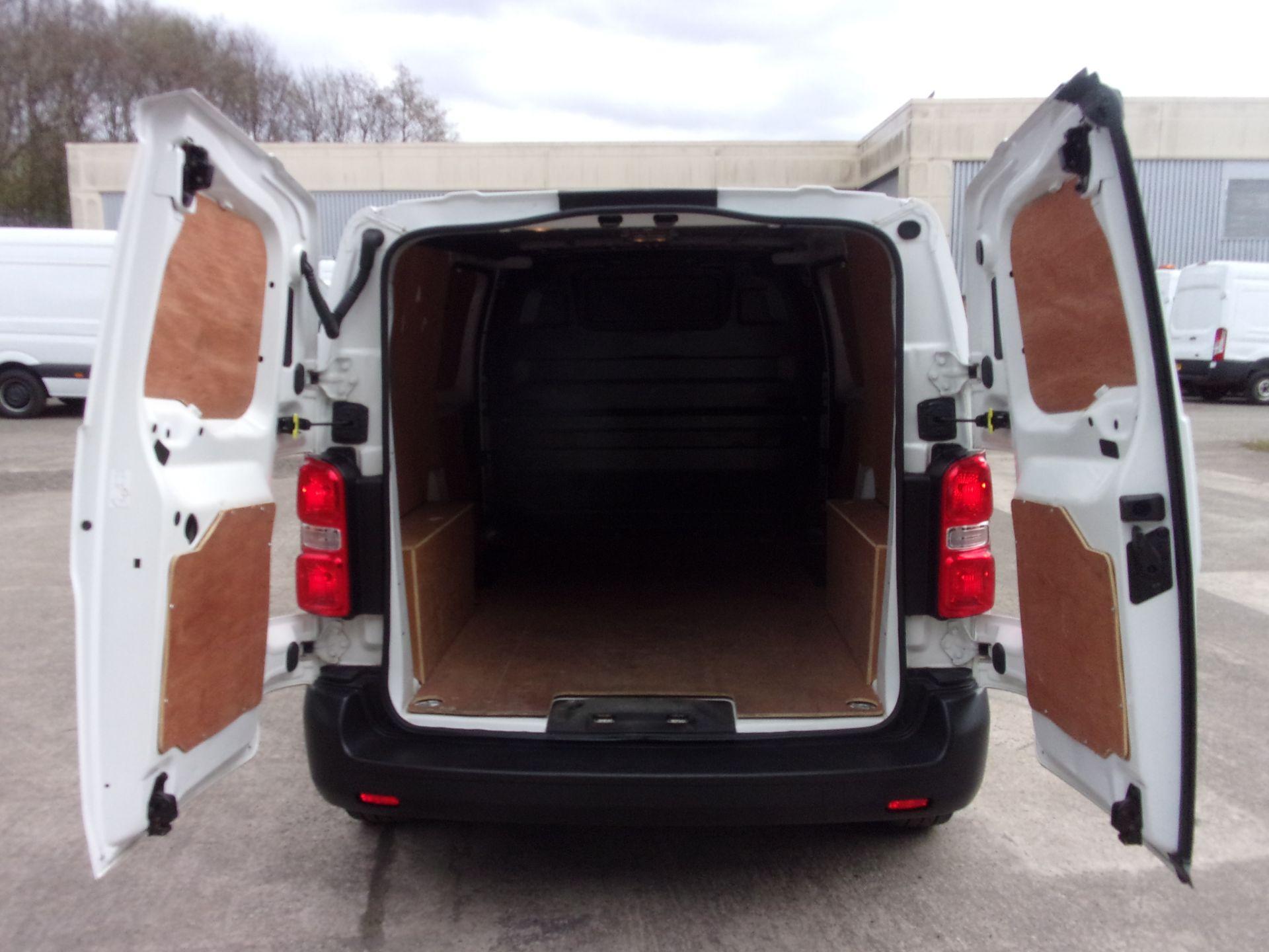 2018 Peugeot Expert 1000 1.6 Bluehdi 95 S Van (NU18GDZ) Image 18