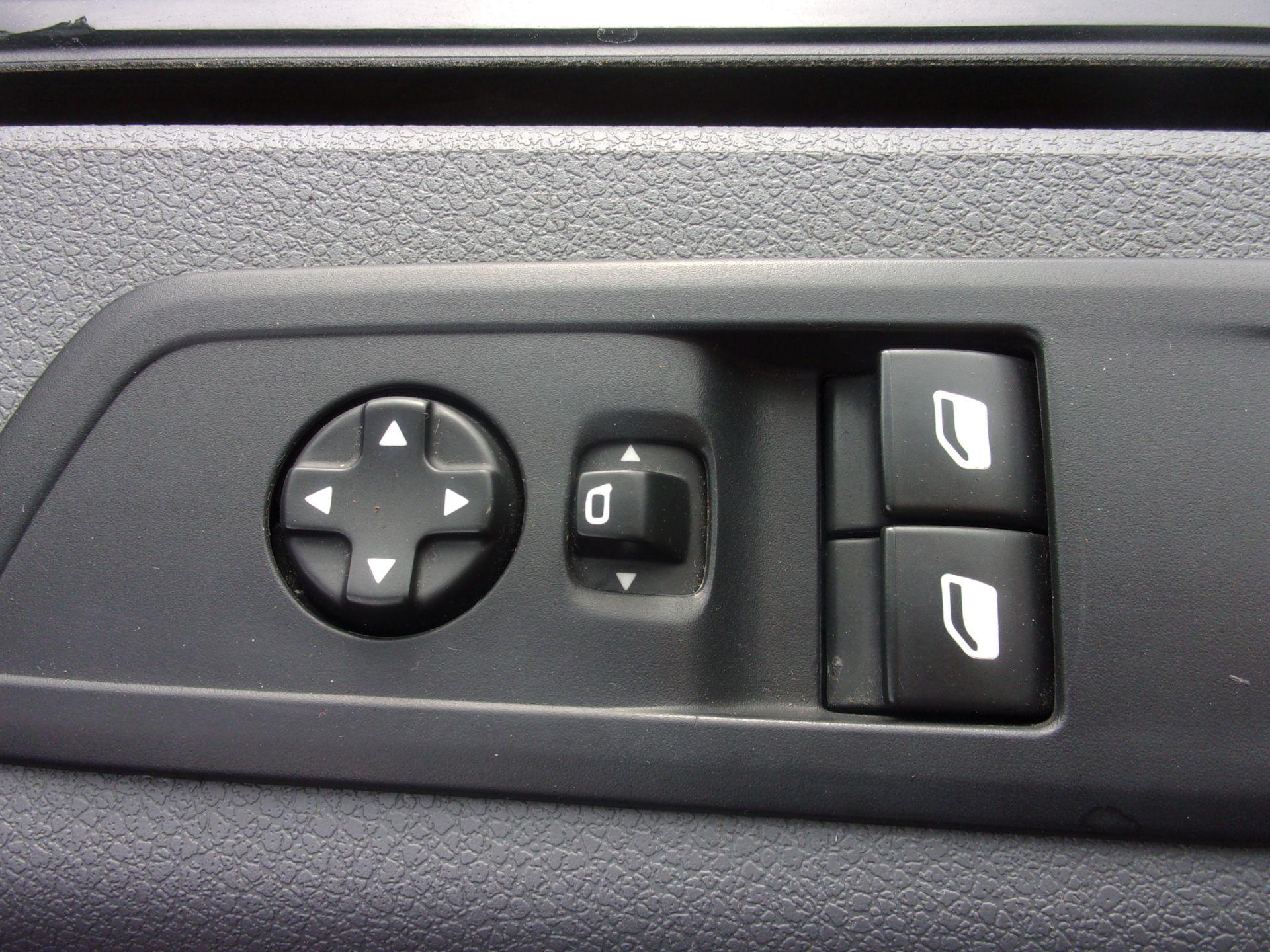 2018 Peugeot Expert 1000 1.6 Bluehdi 95 S Van (NU18GDZ) Image 8