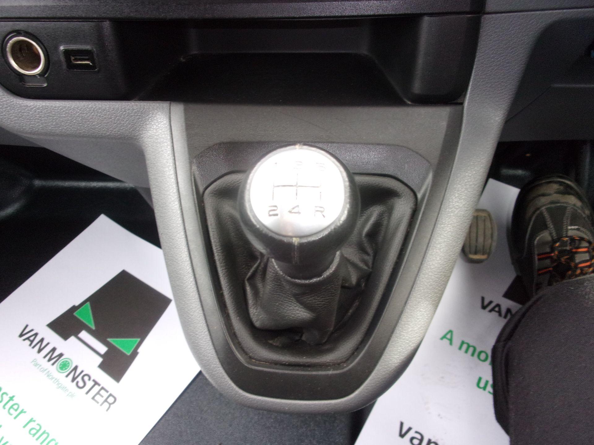 2018 Peugeot Expert 1000 1.6 Bluehdi 95 S Van (NU18GDZ) Image 4