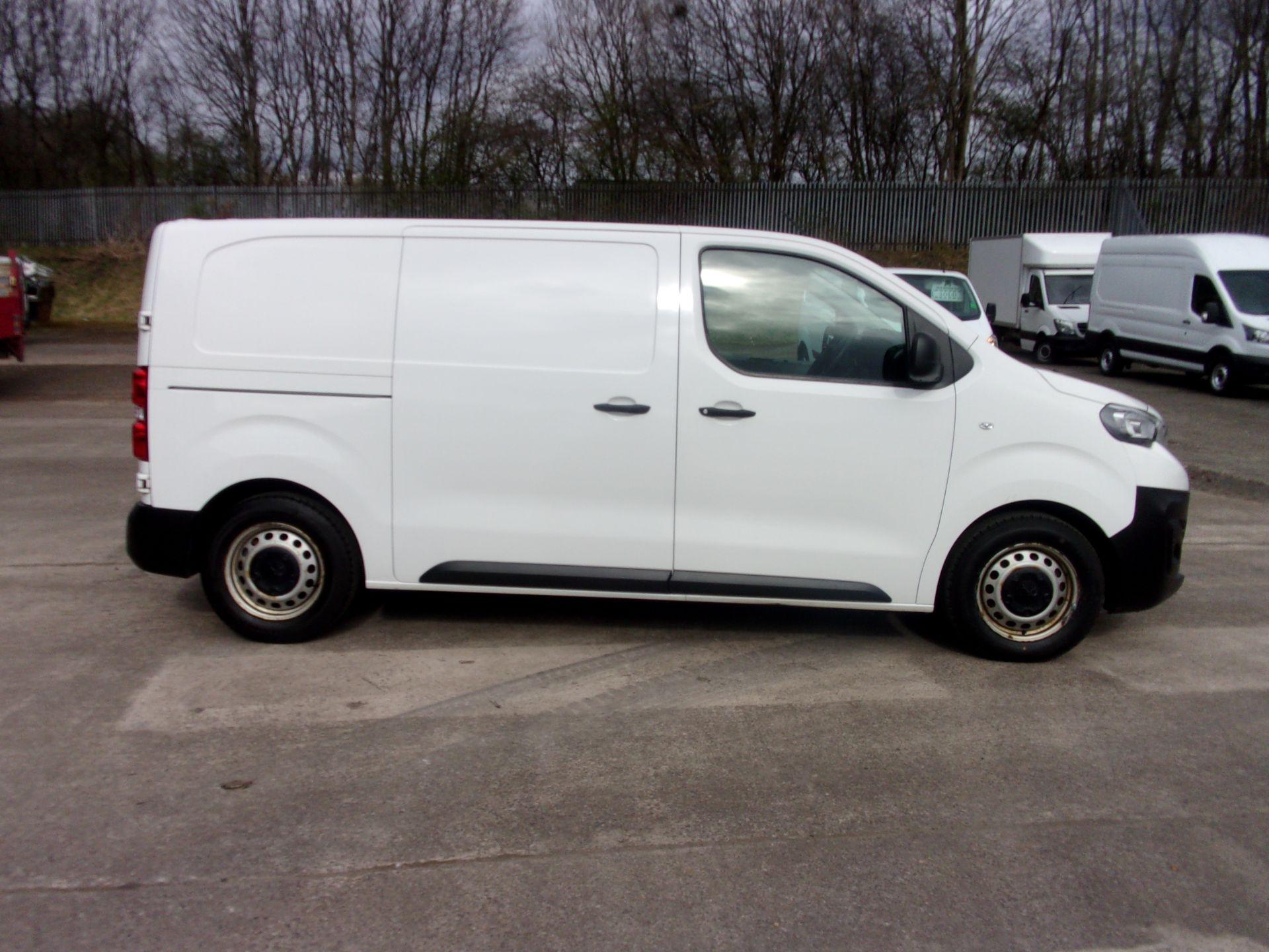 2018 Peugeot Expert 1000 1.6 Bluehdi 95 S Van (NU18GDZ) Image 9