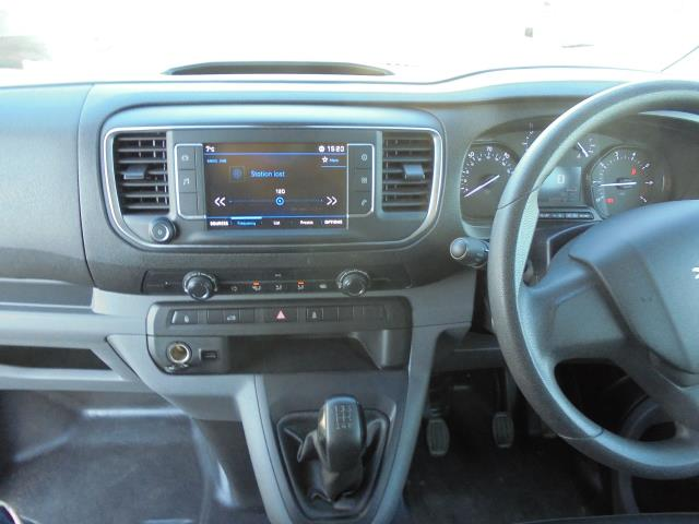 2018 Peugeot Expert 1000 1.6 Bluehdi 95 Professional Van (NU18HZW) Image 14