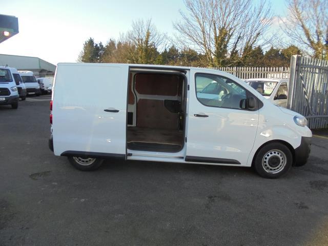 2018 Peugeot Expert 1000 1.6 Bluehdi 95 Professional Van (NU18HZW) Image 5