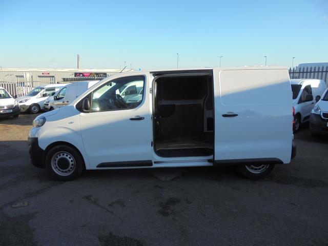 2018 Peugeot Expert 1000 1.6 Bluehdi 95 Professional Van (NU18HZW) Image 11