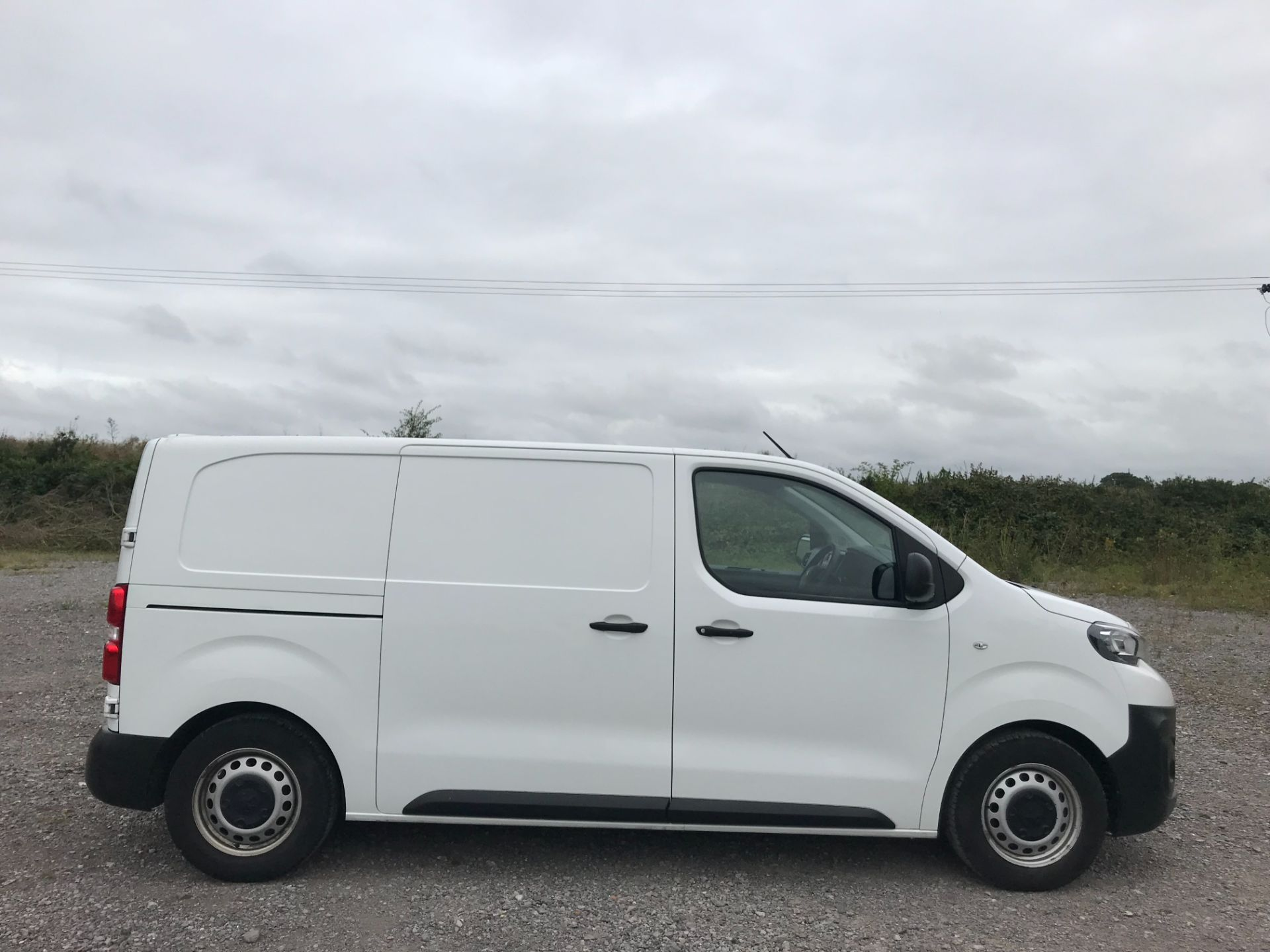 2018 Peugeot Expert  STANDARD 1000 1.6 BLUEHDI 95 S EURO 6 (NU18KFJ) Image 7