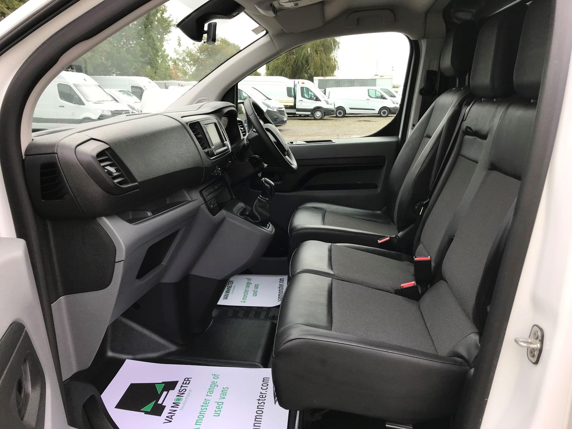2018 Peugeot Expert STANDARD 1000 1.6 BLUEHDI 95 PROFESSIONAL EURO 6 (NU18PFO) Image 16