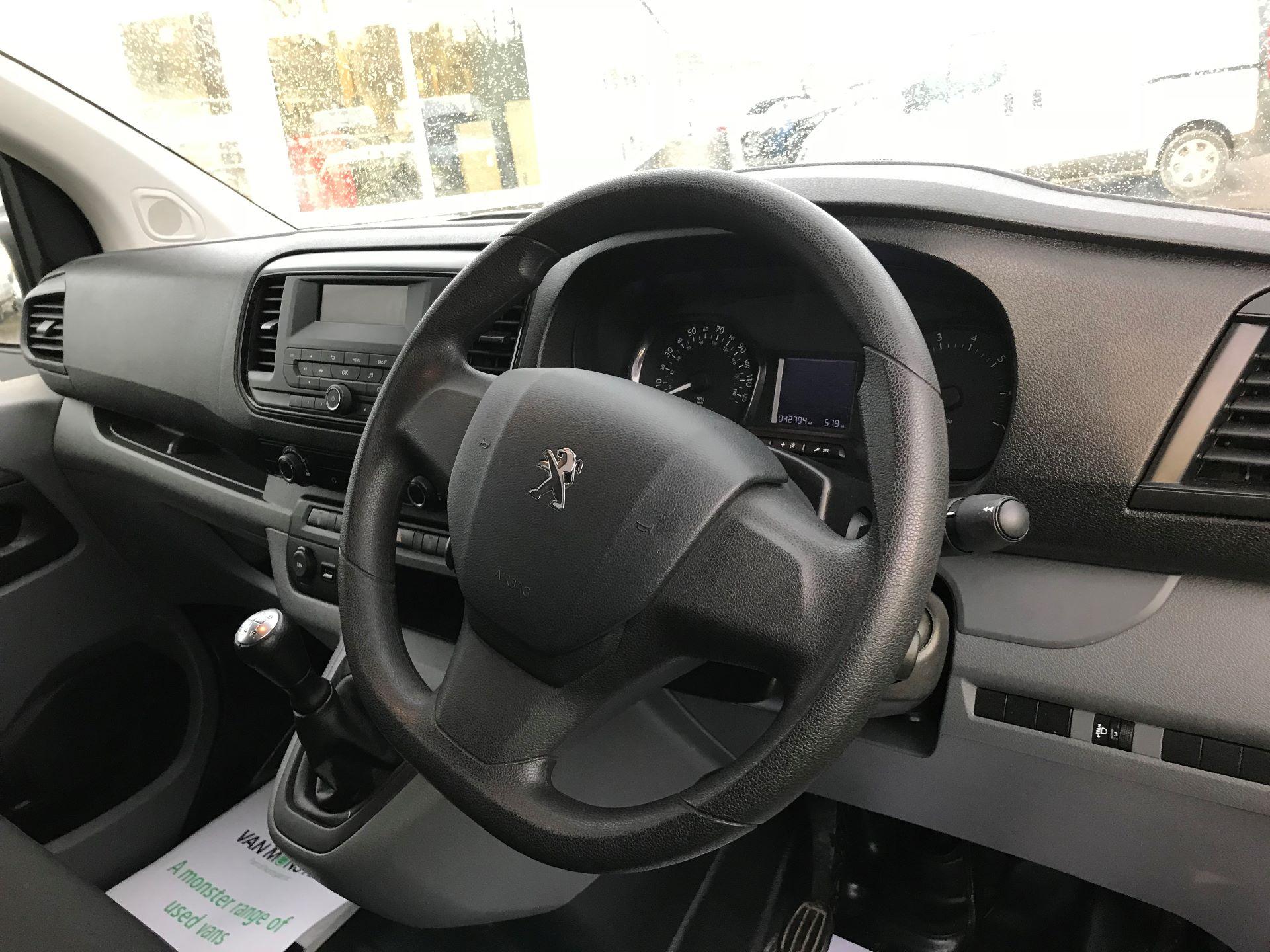 2018 Peugeot Expert  STANDARD 1000 1.6 BLUEHDI 95 S EURO 6 (NU18VTP) Image 17