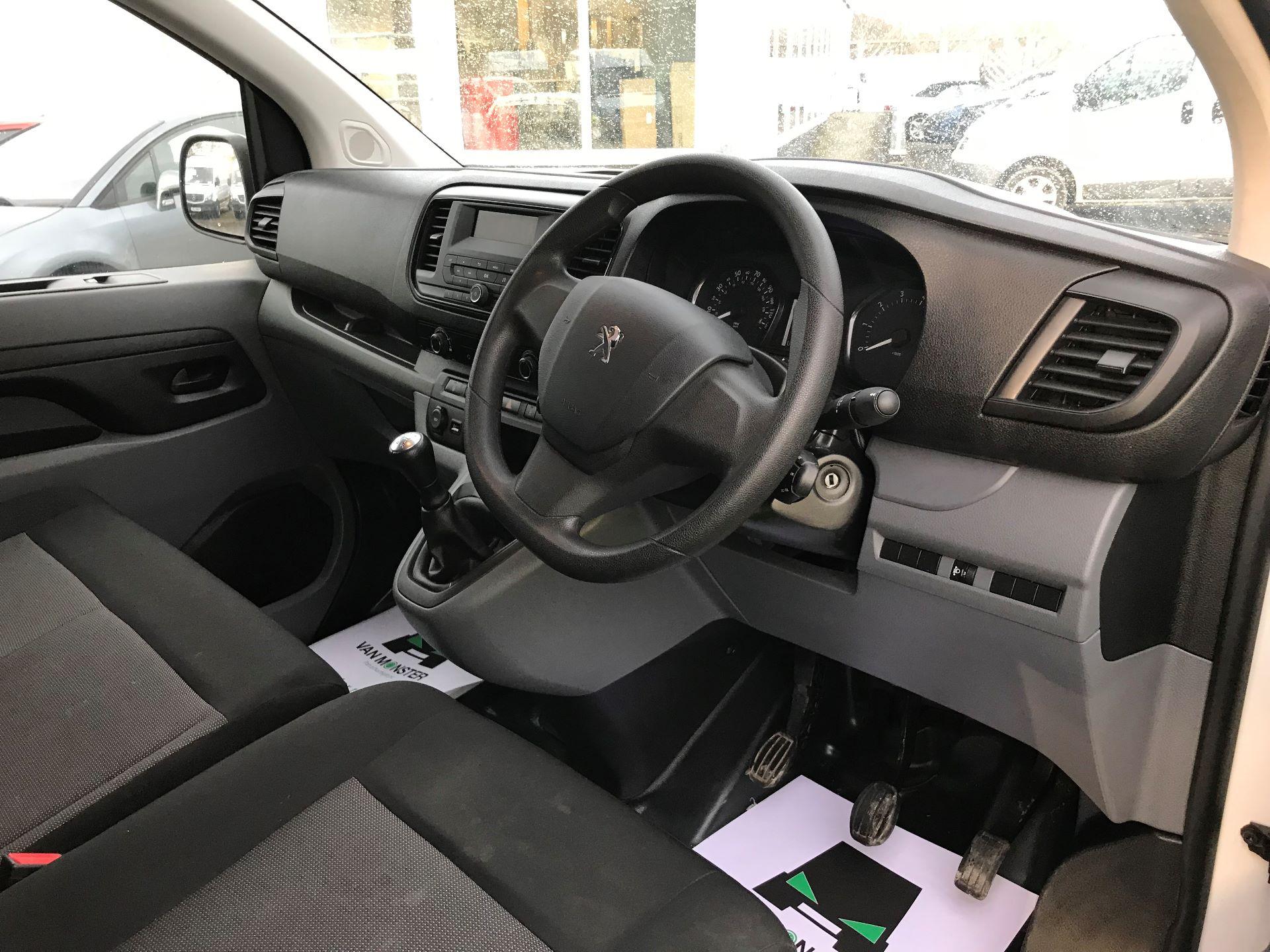 2018 Peugeot Expert  STANDARD 1000 1.6 BLUEHDI 95 S EURO 6 (NU18VTP) Image 16