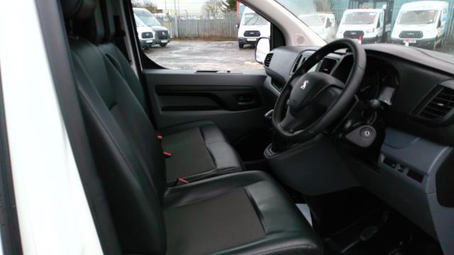 2018 Peugeot Expert 1000 1.6 Bluehdi 95 Professional Van (NU18VYC) Image 14
