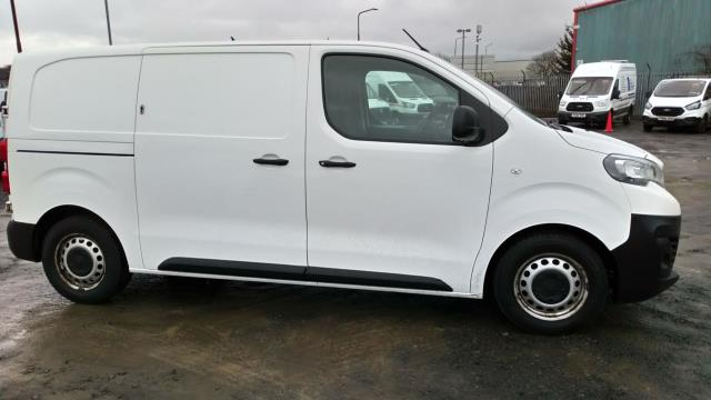 2018 Peugeot Expert 1000 1.6 Bluehdi 95 Professional Van (NU18VYC) Image 2