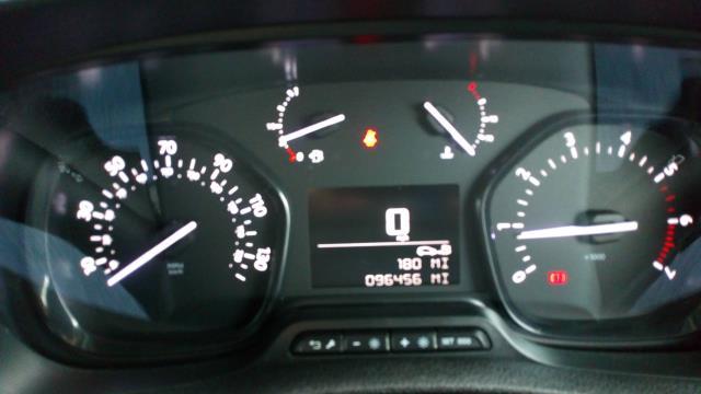 2018 Peugeot Expert 1000 1.6 Bluehdi 95 Professional Van (NU18VYC) Image 16