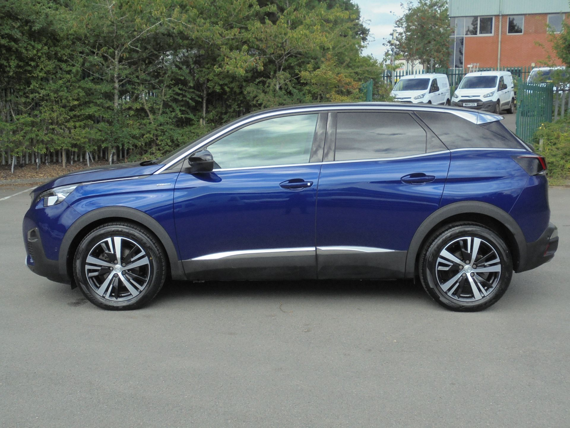 2018 Peugeot 3008 1.6 Bluehdi 120 Gt Line 5Dr (NU18WEX) Image 4