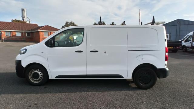 2018 Peugeot Expert 1400 2.0 Bluehdi 120 Professional Van (NU18XCS) Image 4
