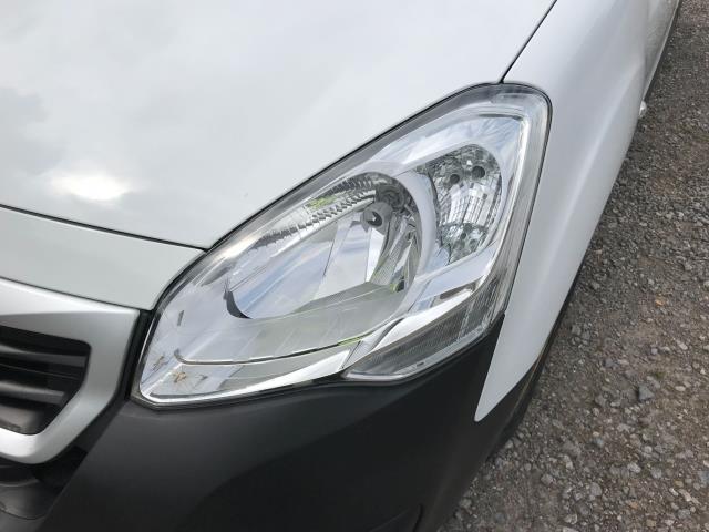 2018 Peugeot Partner  L2 715 S 1.6 BLUEHDI 100 CREW VAN EURO 6 *Restricted to 70MPH* (NU18XZS) Image 32