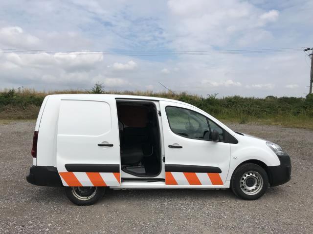 2018 Peugeot Partner  L2 715 S 1.6 BLUEHDI 100 CREW VAN EURO 6 *Restricted to 70MPH* (NU18XZS) Image 8